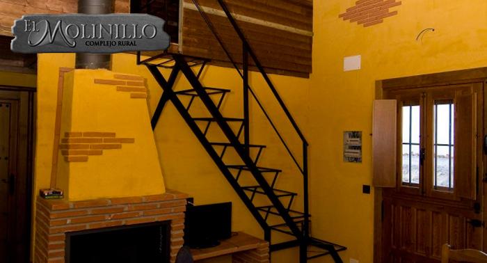 Verano en Cabaña Rural para 2 o 4 pax: 2 Noches Alojamiento + Cena: Tapas + Cañas + Ración