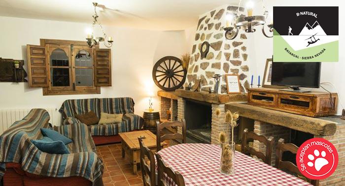 ¡Escapada con amigos o familia! Alojamiento + Desayuno + Tirolina + Tiro Arco en Bayárcal