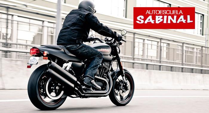 ¡Clase de Repaso o Carnet de Conducir de Coche o Moto con prácticas incluídas!